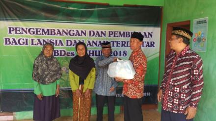 Santunan Anak Yatim, Disabilitas dan Lansia Di Dusun Sanggrahan I